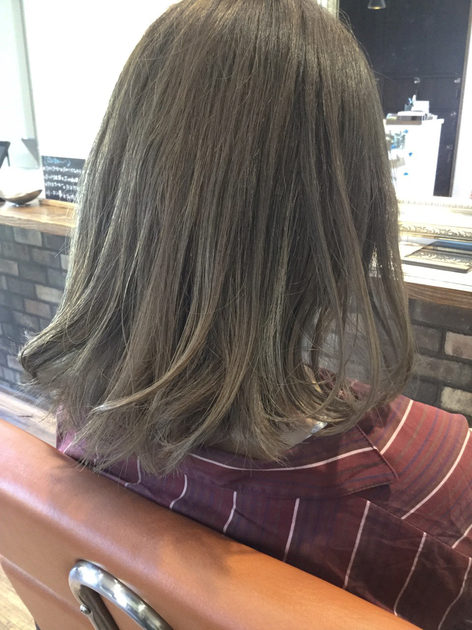 伸ばしかけの髪にハイトーンがおすすめ!