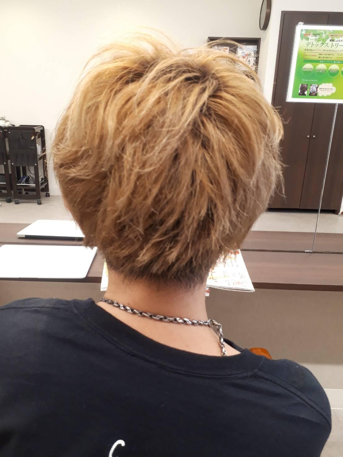 自分の髪もメンテナンス