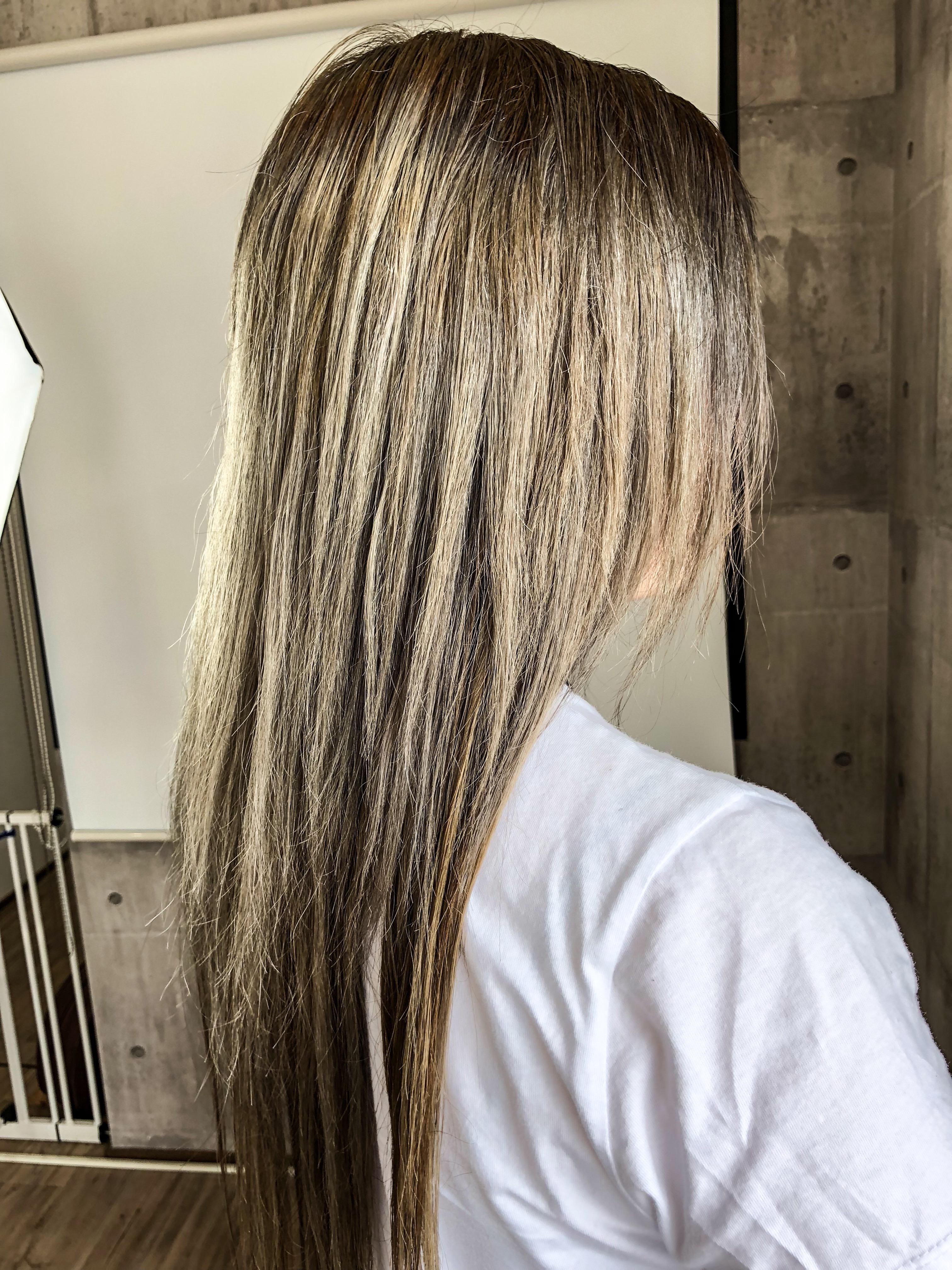 エクステした髪にカラーってできますか?